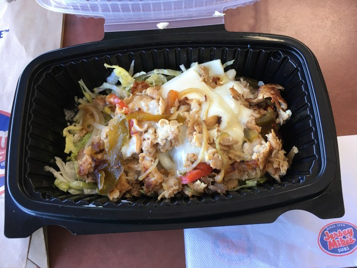 Low Carb Jersey Mikes Sub In a Tub - No 16 Chicken Philly Cheese Steak
