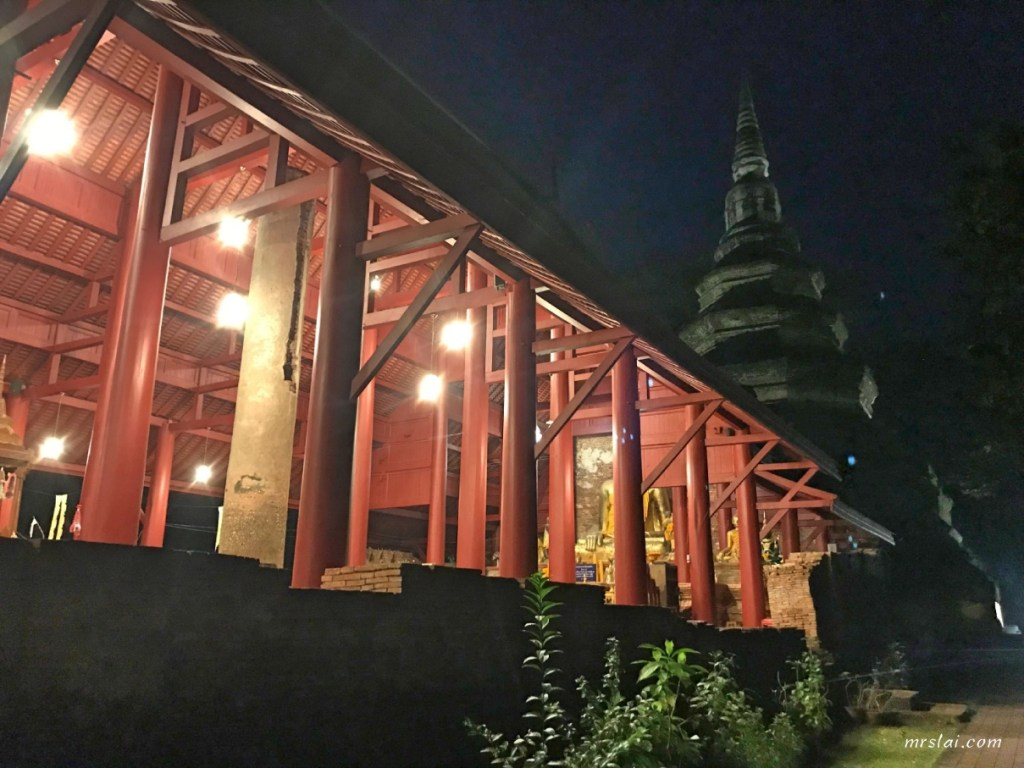 清萊柴迪隆寺(Wat Chedi Luang)