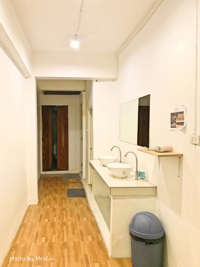 Sook cafe and hostel