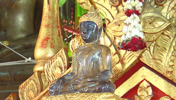 清曼寺玉佛像
