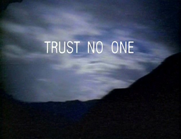 trust-no-one-x-files