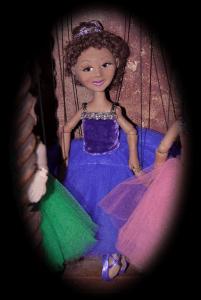 Ballerina Purple Holly