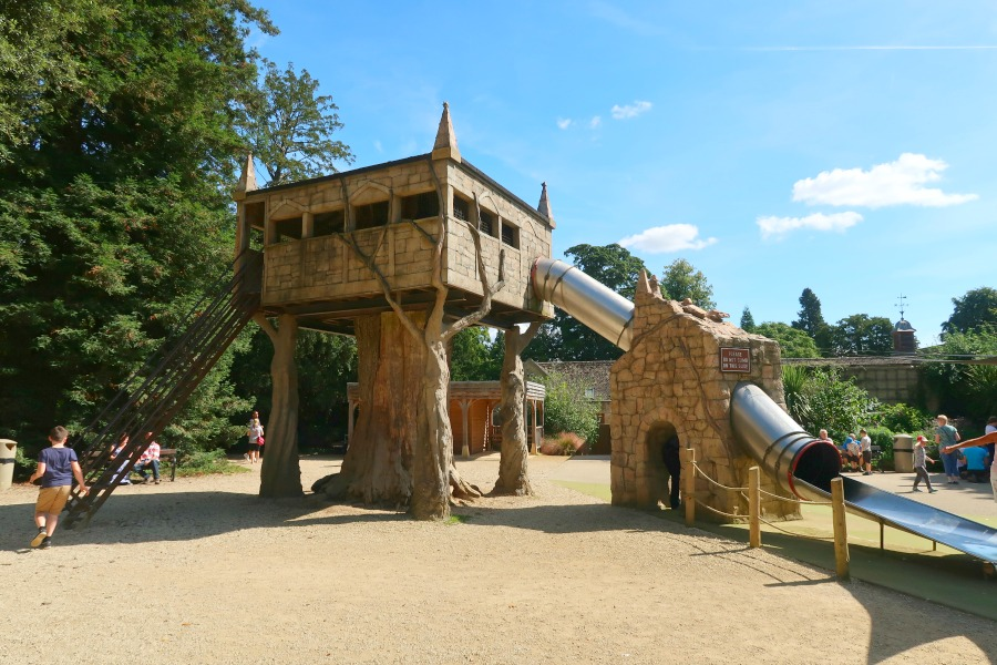 cotswold wildlife park adventure playground