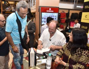 Fans getting a signed copy from acclaimed writer and historian William Dalrymple and BBC journalist Anita Anand at Crossword Bookstore Mumbai - Copy