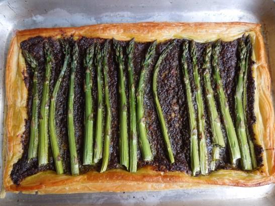 Image of asparagus and pesto tart