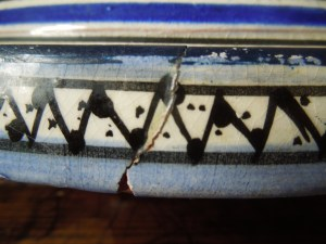 Image of badly repaired tagine