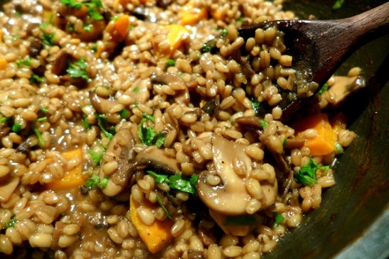 Image of pearl barley risotto with mushrooms