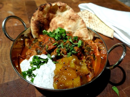 Leftover Lamb Curry with yoghurt, chutney and naan