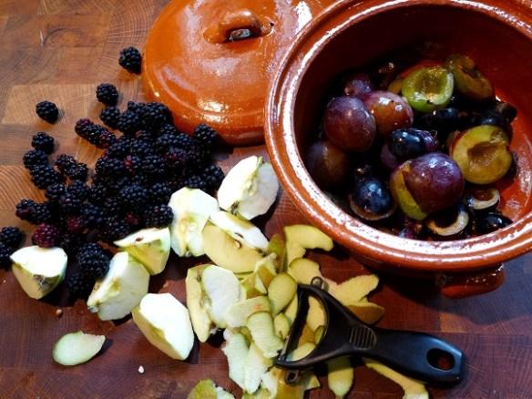 Autumn fruit compote