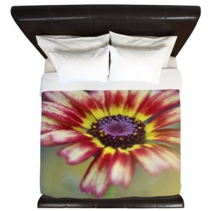 Flashy Painted Daisy Bloom King Duvet
