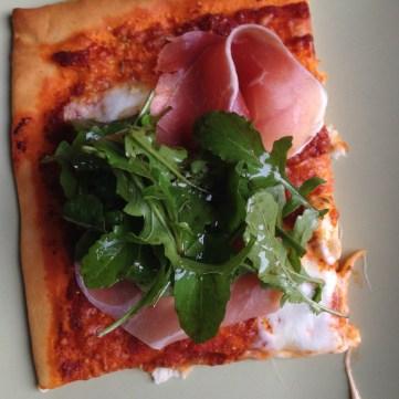 Rucola op mijn favoriete pizza - Rocket on my favorite pizza