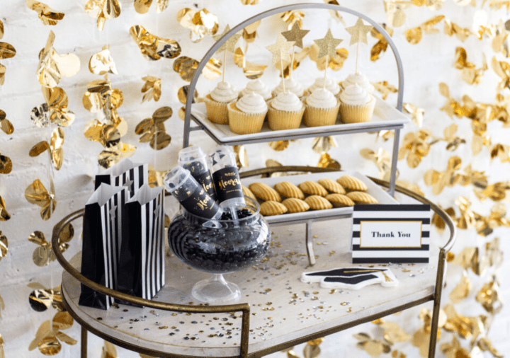 Delegate the Graduation Party – For the Gents