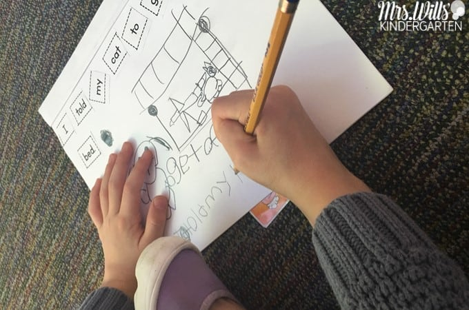 Guided Reading 2 Day Lesson Plans! How to plan an effective 2 day small group guided reading lessons. This post includes word work, sight word instruction, reading strategies, small group writing, sentence study and more!