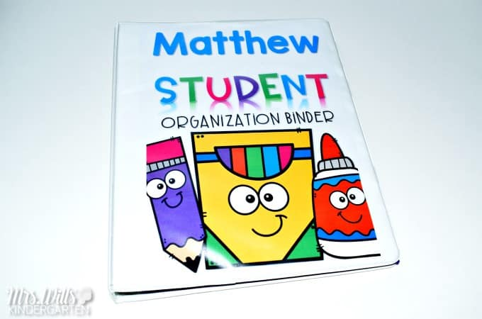 Student Organization Binders help you start the year off right. This post will show you how I organize my student take-home binders, newsletter templates, and monthly calendars. You can also get a free Welcome Parents letter and student post card.