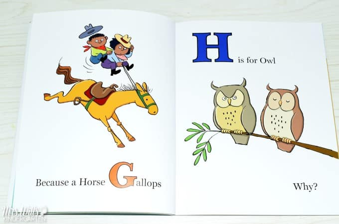 Alphabet Books For Kindergarten plus a free activity file for your classroom. See some of my favorite ABC books that work well in kindergarten and first grade! Alphabet interventions and ABC center ideas too!
