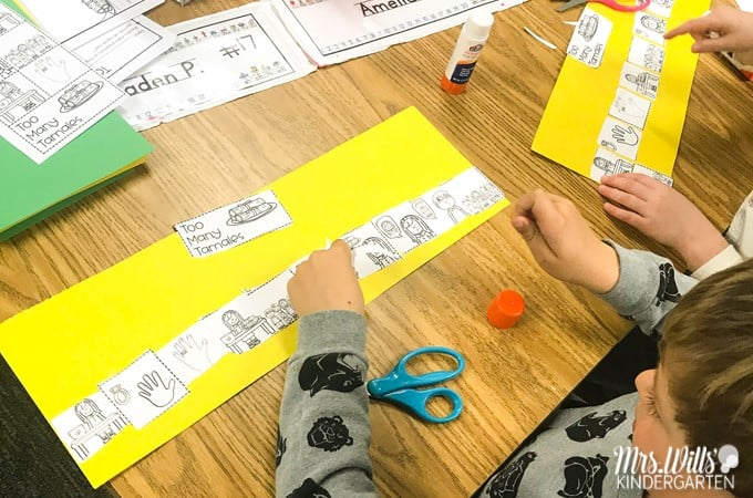 Too Many Tamales read aloud lesson plans for kindergarten, first, and second grade. Students respond to literature, develop vocabulary and grammar skills, and create a craft all within this 5-day lesson plan.