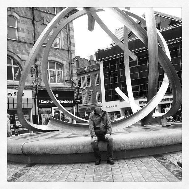 20120426 Public art break