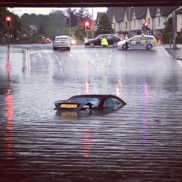20120627 Balmoral car submerged