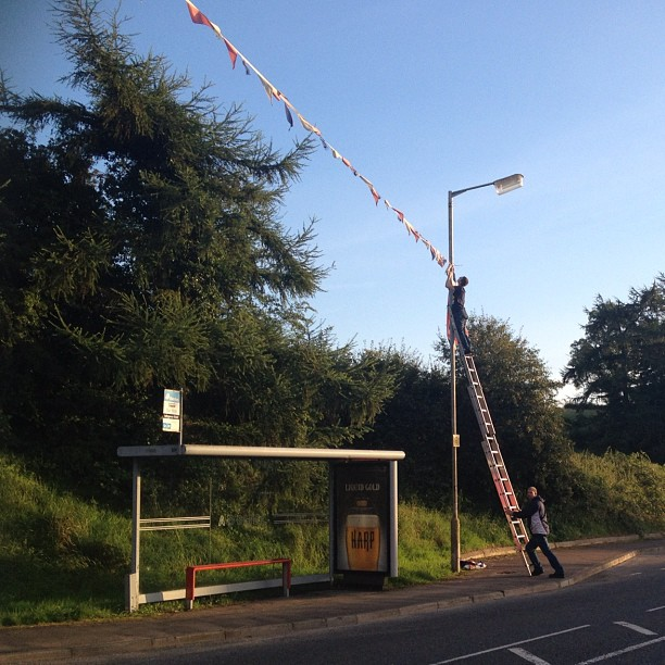 20120830 Bunting comes down