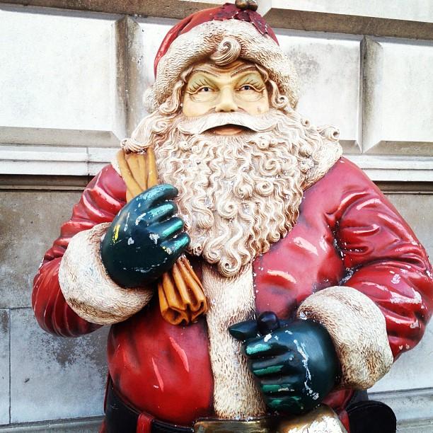 20121127 Belfast Santa