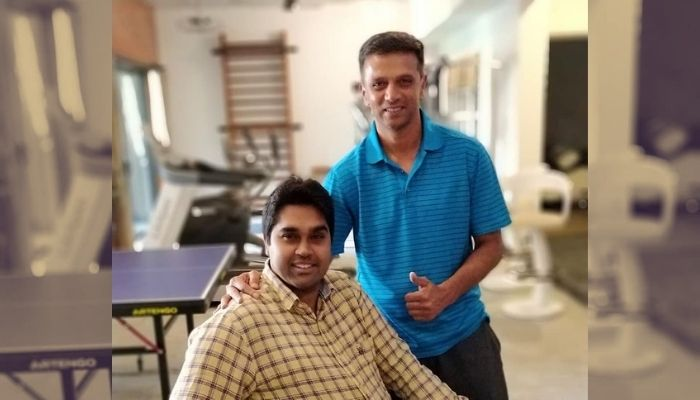Jaskaran Singh with his idol Rahul Dravid