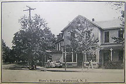 Horn's Bakery - Early 1900's.