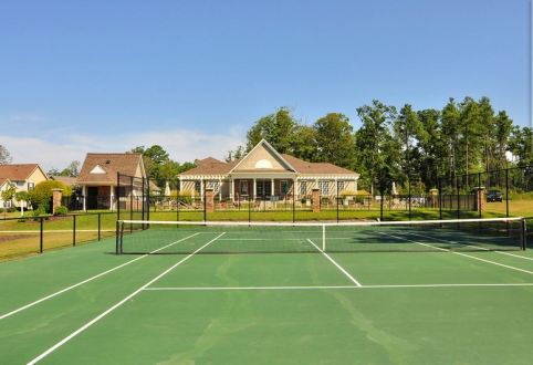 tennis courts in braemar creek