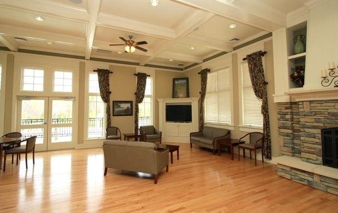 Clubhouse interior @ Stonehouse glen