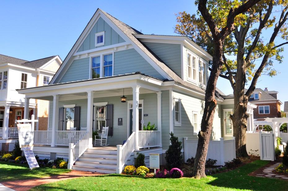 blue river cottage house9