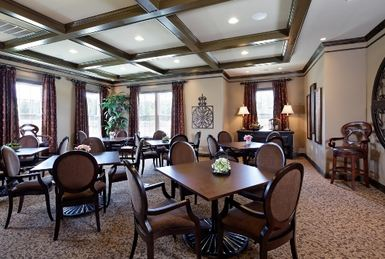 clubhouse interior four seasons at new kent vineyards
