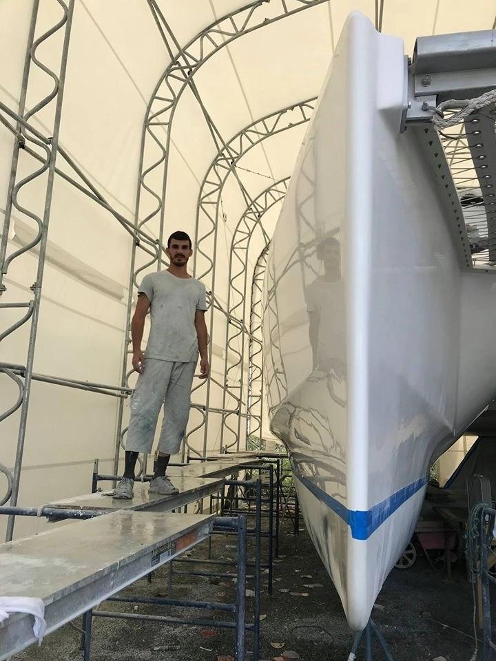 Restoring a catamaran using MS Marine products