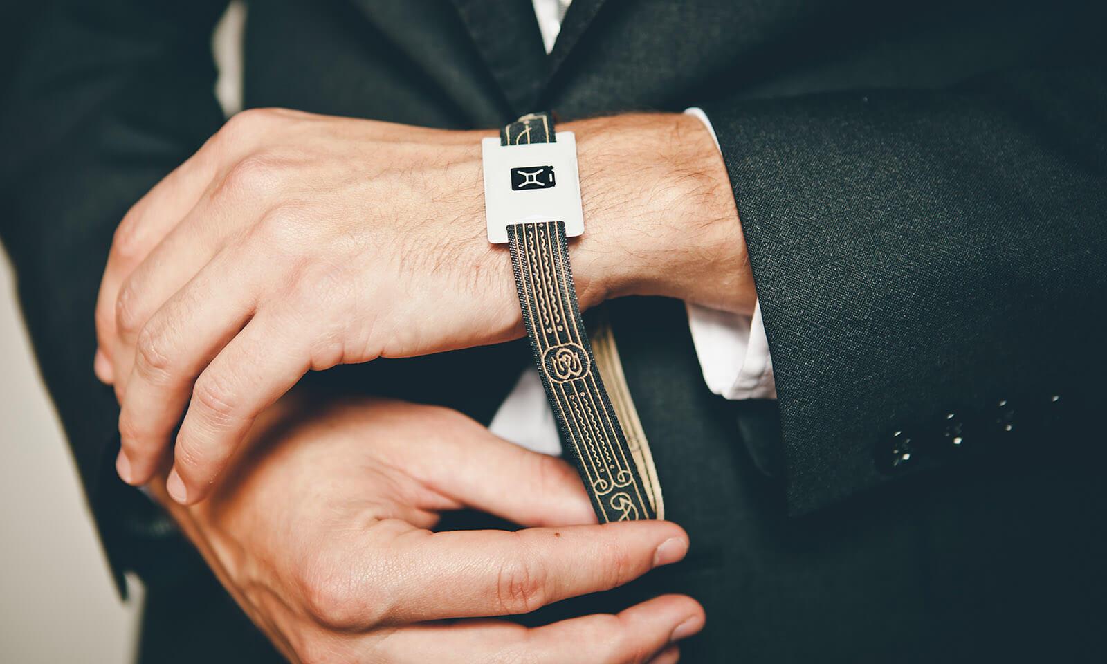 Wristband_Full_Width