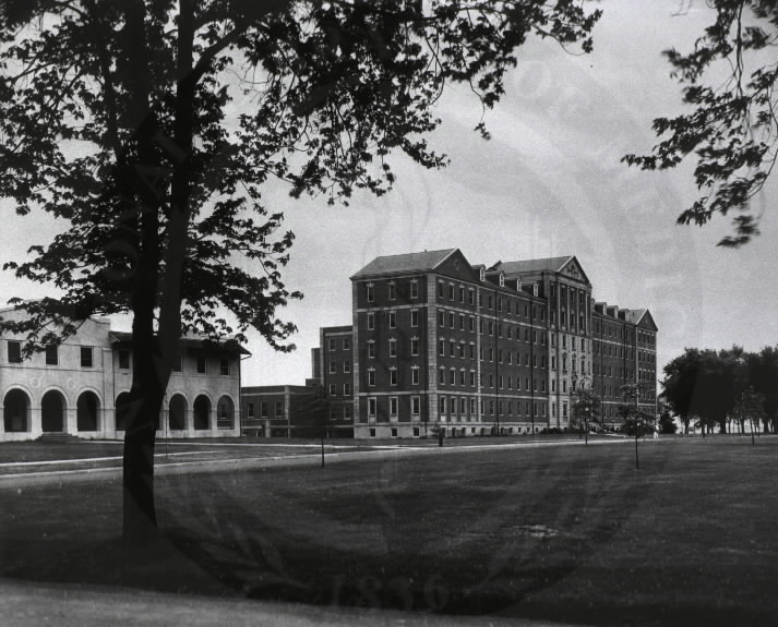 U.S. Veterans Administration Hospital, Fort Howard, Maryland. : General view A010408. Images from the History of Medicine Collection. National Library of Medicine