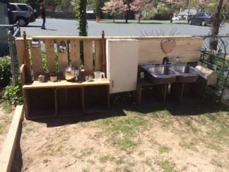 mud kitchen 1