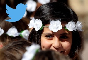 أبرز تغريدات العرب: على الوجه البشوش الإبتسامة تعلو ولايعلى عليها