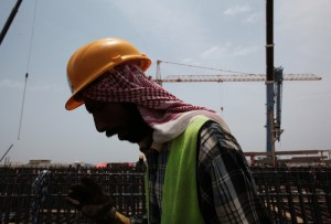 الكويت تعلن استئناف الإنتاج من حقل مشترك مع السعودية