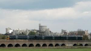 """بريطانيا.. سحب بعض قطارات """"هيتاشي"""" بسبب اكتشاف تشققات بها"""