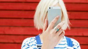 """""""البصمات الخفية"""" في صورك الشخصية تكشف معلومات أكثر مما تتخيل"""