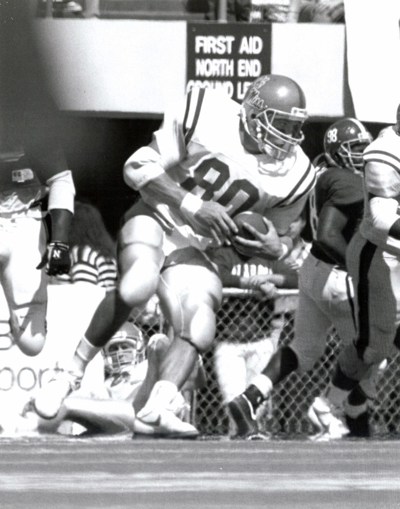 wesley-walls-vs-alabama-1988-bw