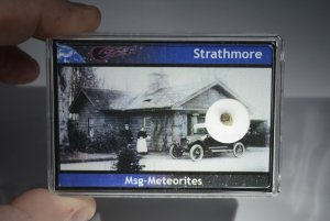 Strathmore meteorite (16)