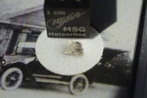 Strathmore meteorite (19)