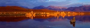 Moonset at Mono Lake
