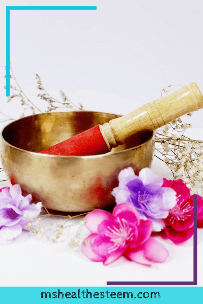 How to Rock Your Self-Care Routine with Meditation Music | Let's talk about the health benefits of meditation, how music therapy rocks and how to put it all together with a Tibetan singing bowl. If you want to add one simple thing to your self care routine, it should totally be this! Tibetan singing bowl benefits are too good to pass up! Featuring @shantibowl #metitationmusic #mindfulnessmeditation #selfcaretips