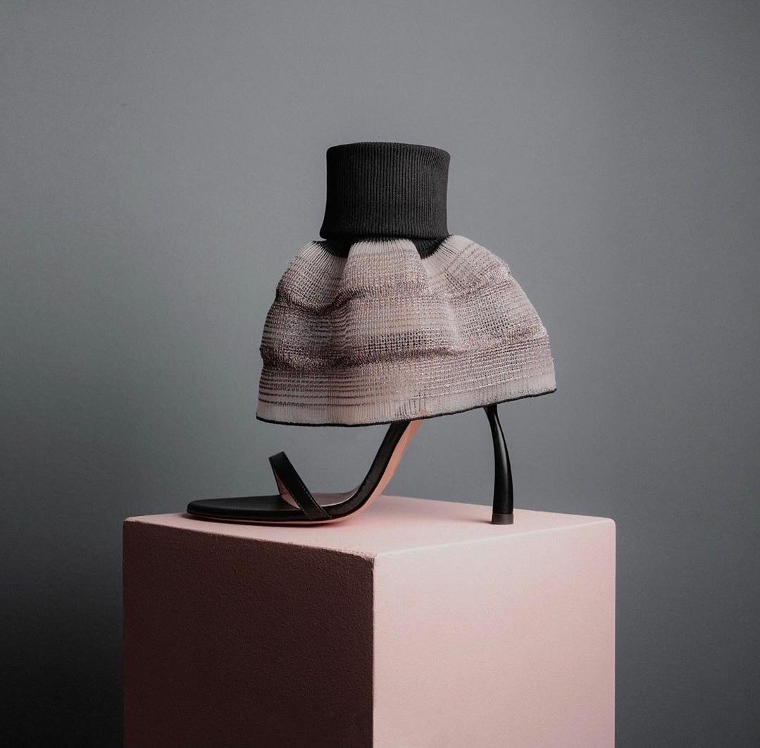 Vegan skirt heel by Alfredo Piferi