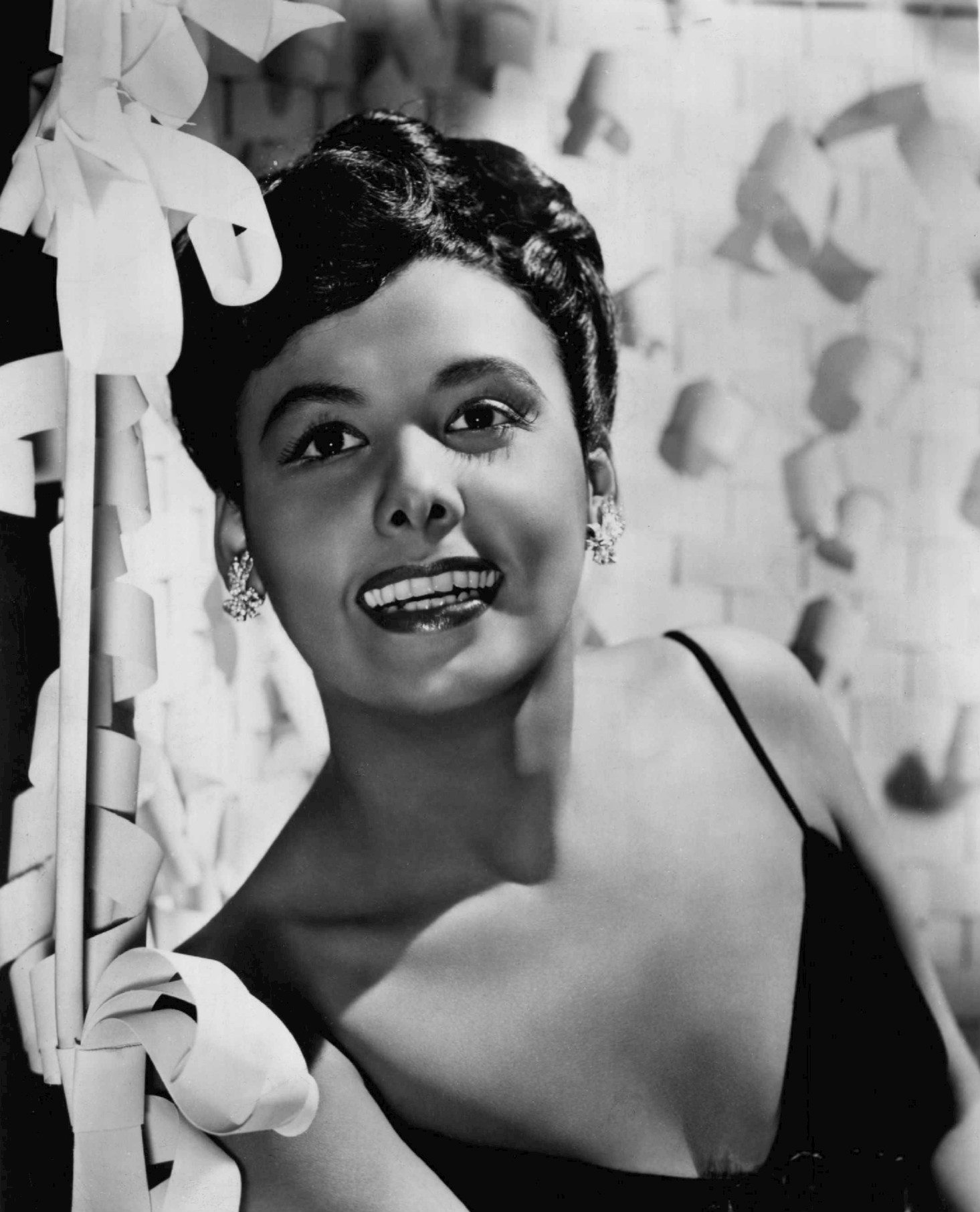 """Angelique Hennessy dame in the game"""": lena horne - ms. in the biz"""