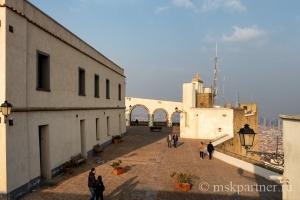 На смотровой площадке Замка Сант-Эльмо в Неаполе