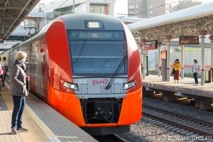 Поезд у платформы МЦК Панфиловская