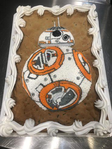 BB8 cookie cake