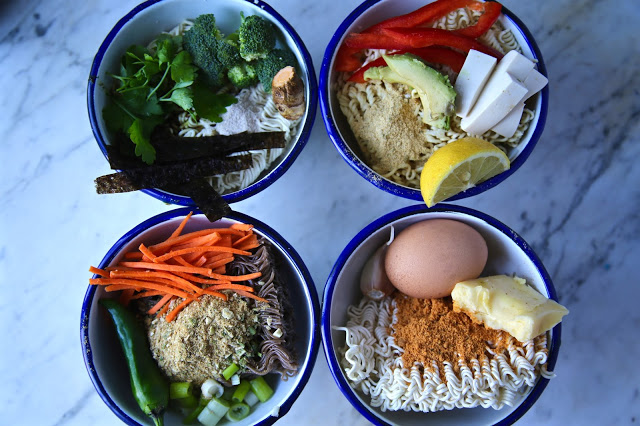 Dry ramen with their respective fresh ingredients