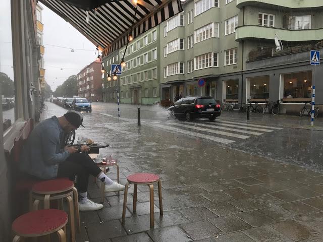 uggla kaffebar, Malmö, raining